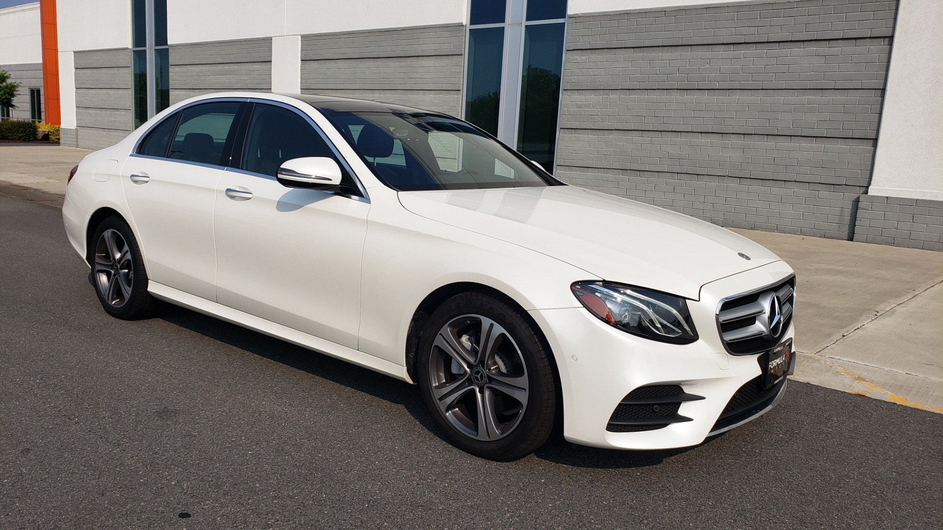 Used 2018 Mercedes-Benz E-CLASS E 300 4MATIC / PREMIUM / NAV / PANO-ROOF / BURMESTER / REARVIEW for sale $41,995 at Formula Imports in Charlotte NC 28227 8