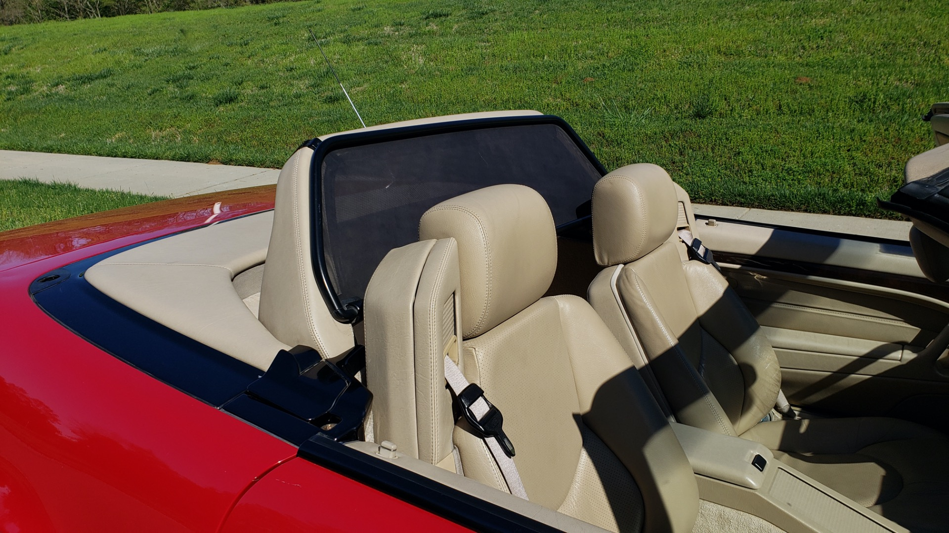 Used 1997 Mercedes-Benz SL-Class Roadster / BOSE / TWO-TOPS for sale Sold at Formula Imports in Charlotte NC 28227 10