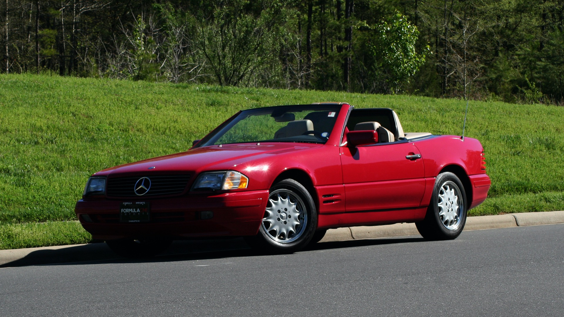 Used 1997 Mercedes-Benz SL-Class Roadster / BOSE / TWO-TOPS for sale Sold at Formula Imports in Charlotte NC 28227 80