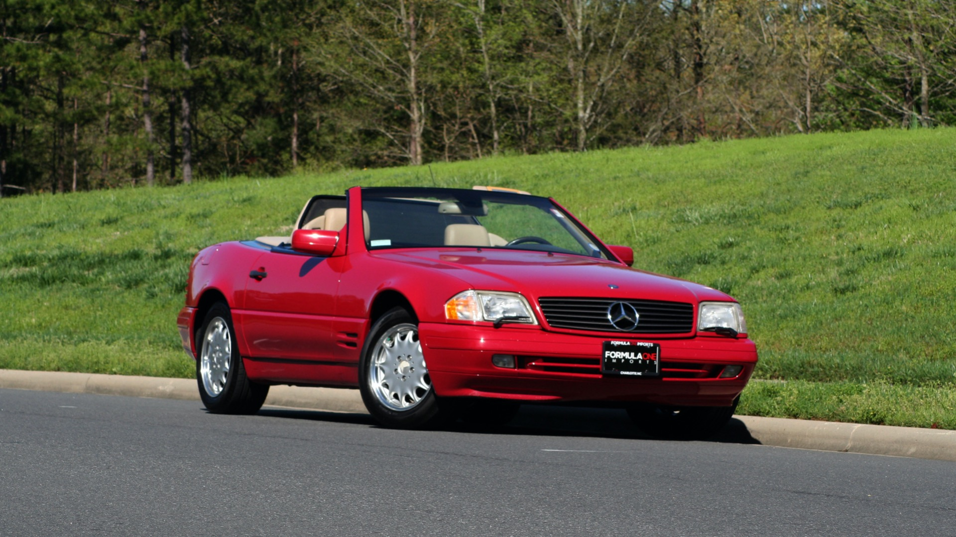 Used 1997 Mercedes-Benz SL-Class Roadster / BOSE / TWO-TOPS for sale Sold at Formula Imports in Charlotte NC 28227 94