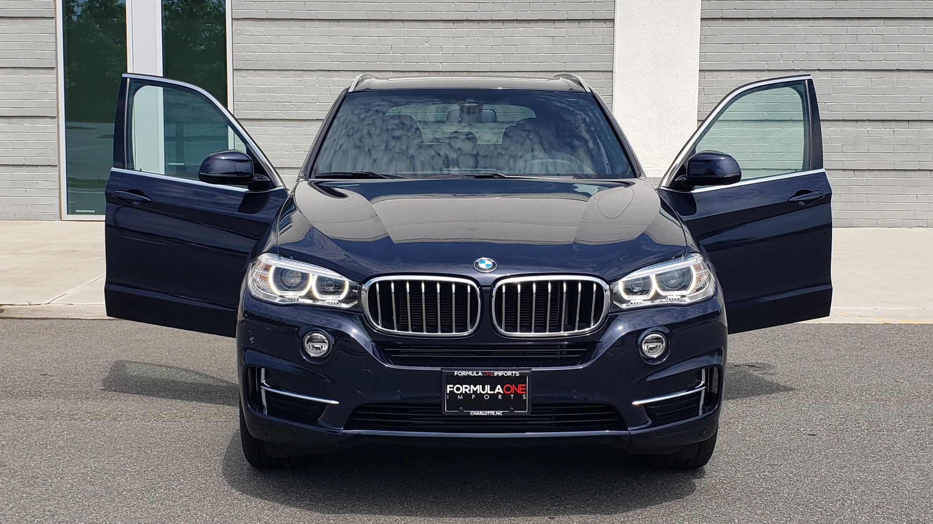 Used 2018 BMW X5 XDRIVE35I PREMIUM / LUXURY / DRVR ASST / HUD / LANE WARNING / REARVIEW for sale $43,695 at Formula Imports in Charlotte NC 28227 25