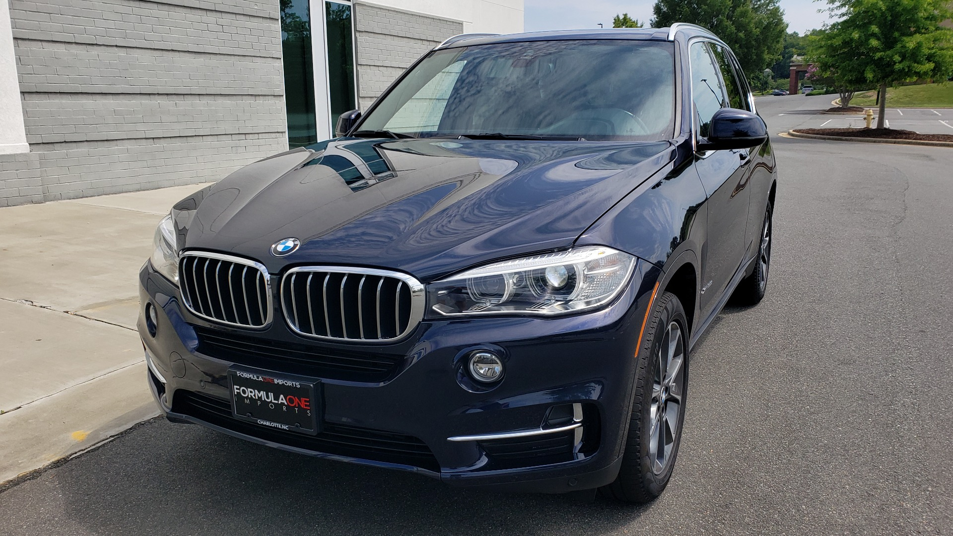 Used 2018 BMW X5 XDRIVE35I PREMIUM / LUXURY / DRVR ASST / HUD / LANE WARNING / REARVIEW for sale $43,695 at Formula Imports in Charlotte NC 28227 3