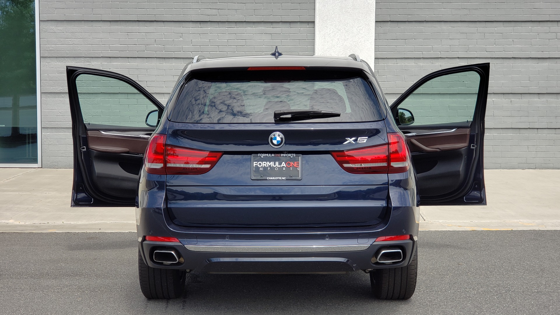 Used 2018 BMW X5 XDRIVE35I PREMIUM / LUXURY / DRVR ASST / HUD / LANE WARNING / REARVIEW for sale $43,695 at Formula Imports in Charlotte NC 28227 33
