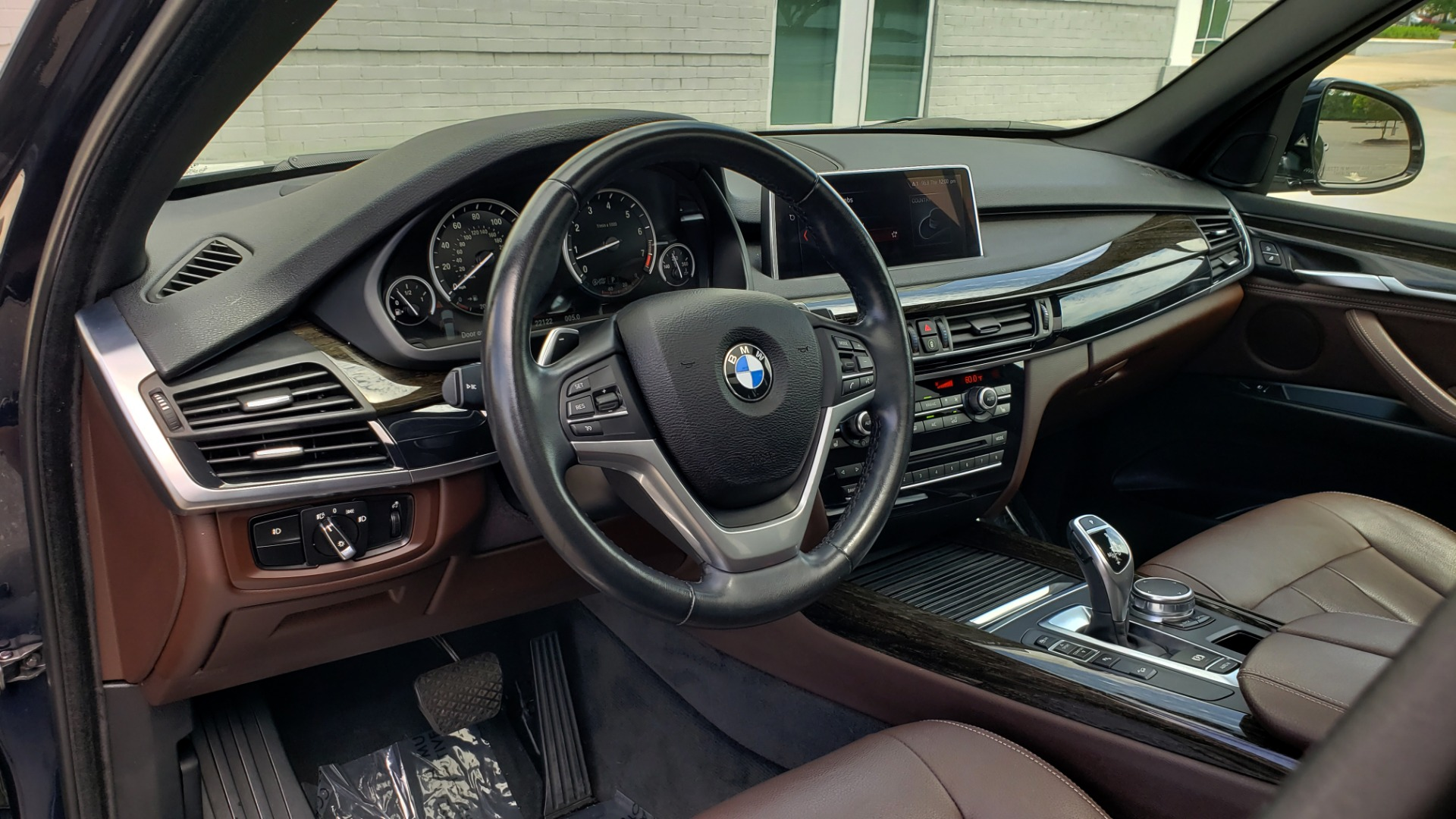 Used 2018 BMW X5 XDRIVE35I PREMIUM / LUXURY / DRVR ASST / HUD / LANE WARNING / REARVIEW for sale $43,695 at Formula Imports in Charlotte NC 28227 42