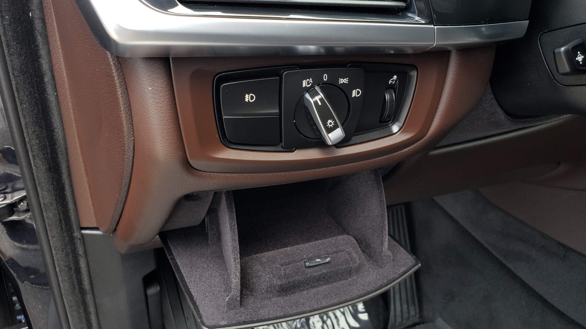 Used 2018 BMW X5 XDRIVE35I PREMIUM / LUXURY / DRVR ASST / HUD / LANE WARNING / REARVIEW for sale $43,695 at Formula Imports in Charlotte NC 28227 43