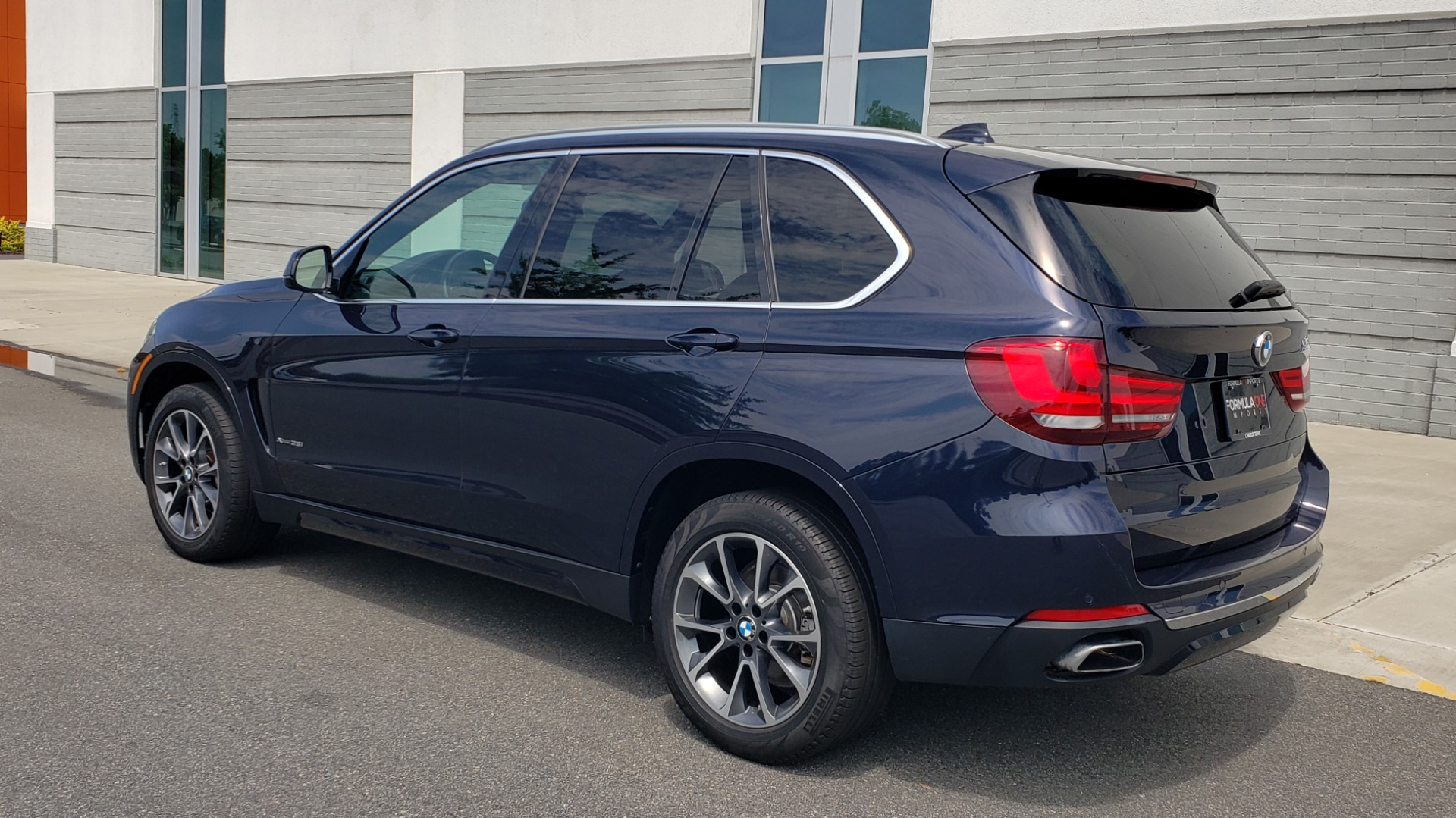 Used 2018 BMW X5 XDRIVE35I PREMIUM / LUXURY / DRVR ASST / HUD / LANE WARNING / REARVIEW for sale $43,695 at Formula Imports in Charlotte NC 28227 6
