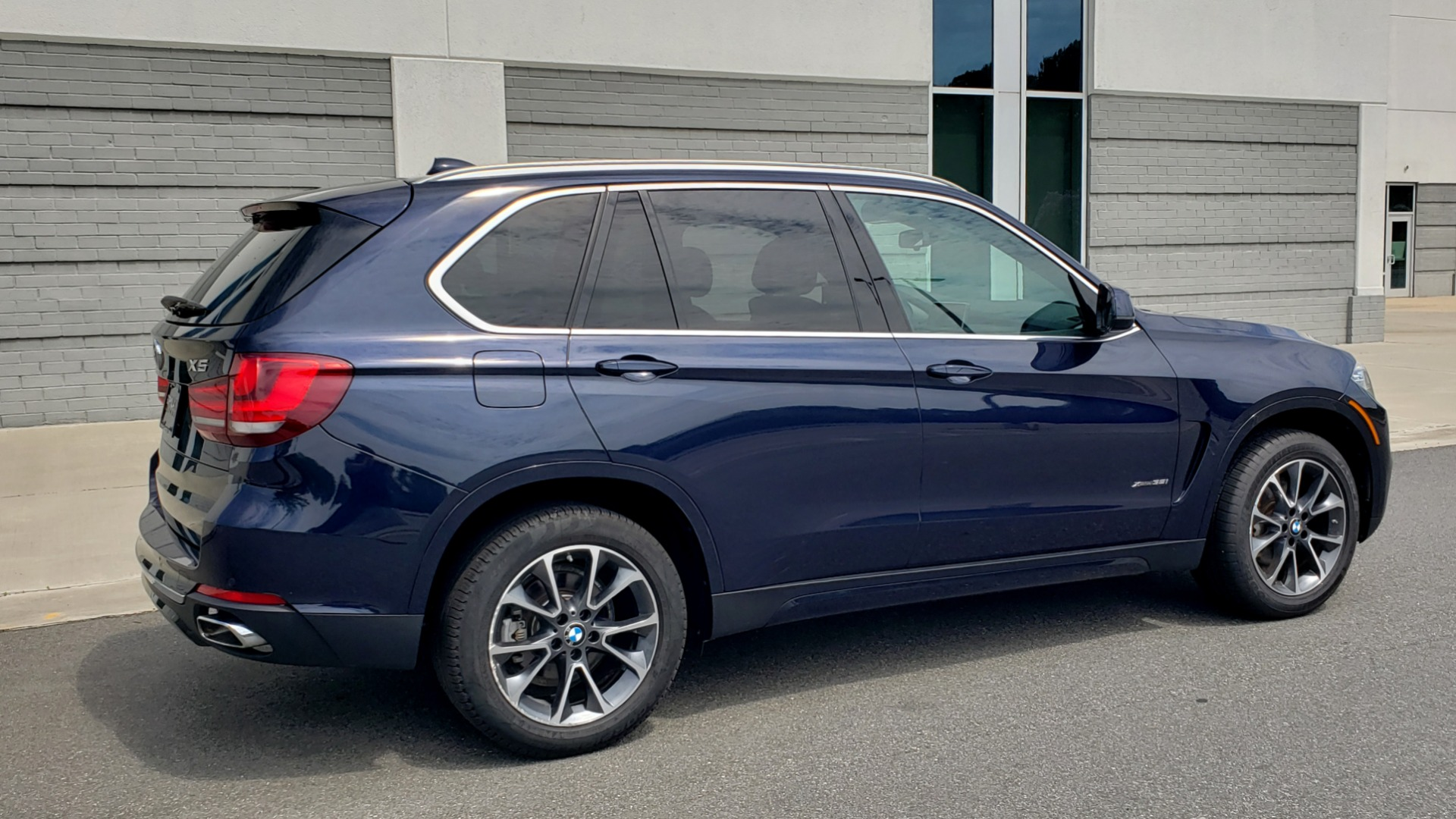 Used 2018 BMW X5 XDRIVE35I PREMIUM / LUXURY / DRVR ASST / HUD / LANE WARNING / REARVIEW for sale $43,695 at Formula Imports in Charlotte NC 28227 8