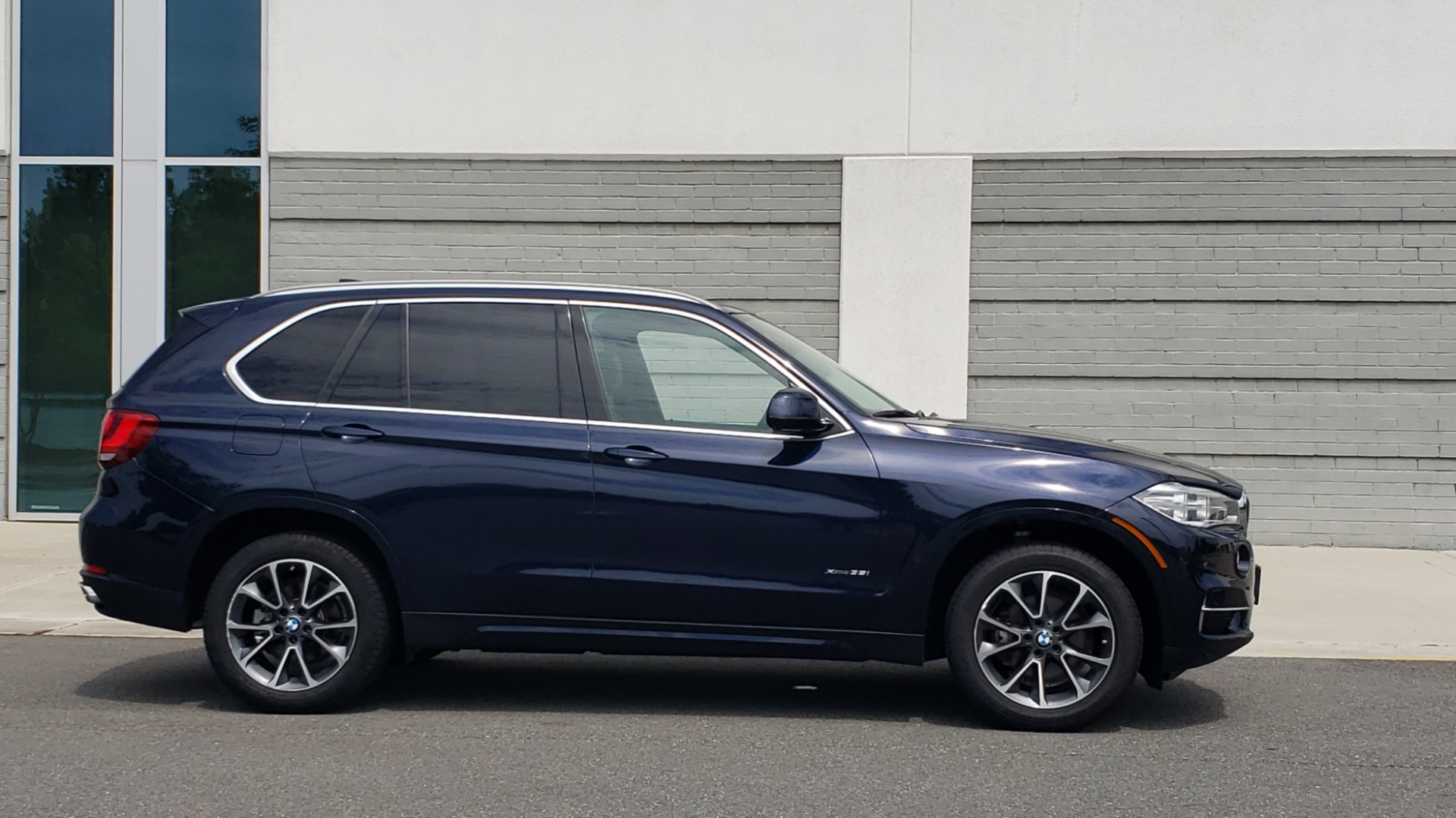 Used 2018 BMW X5 XDRIVE35I PREMIUM / LUXURY / DRVR ASST / HUD / LANE WARNING / REARVIEW for sale $43,695 at Formula Imports in Charlotte NC 28227 9