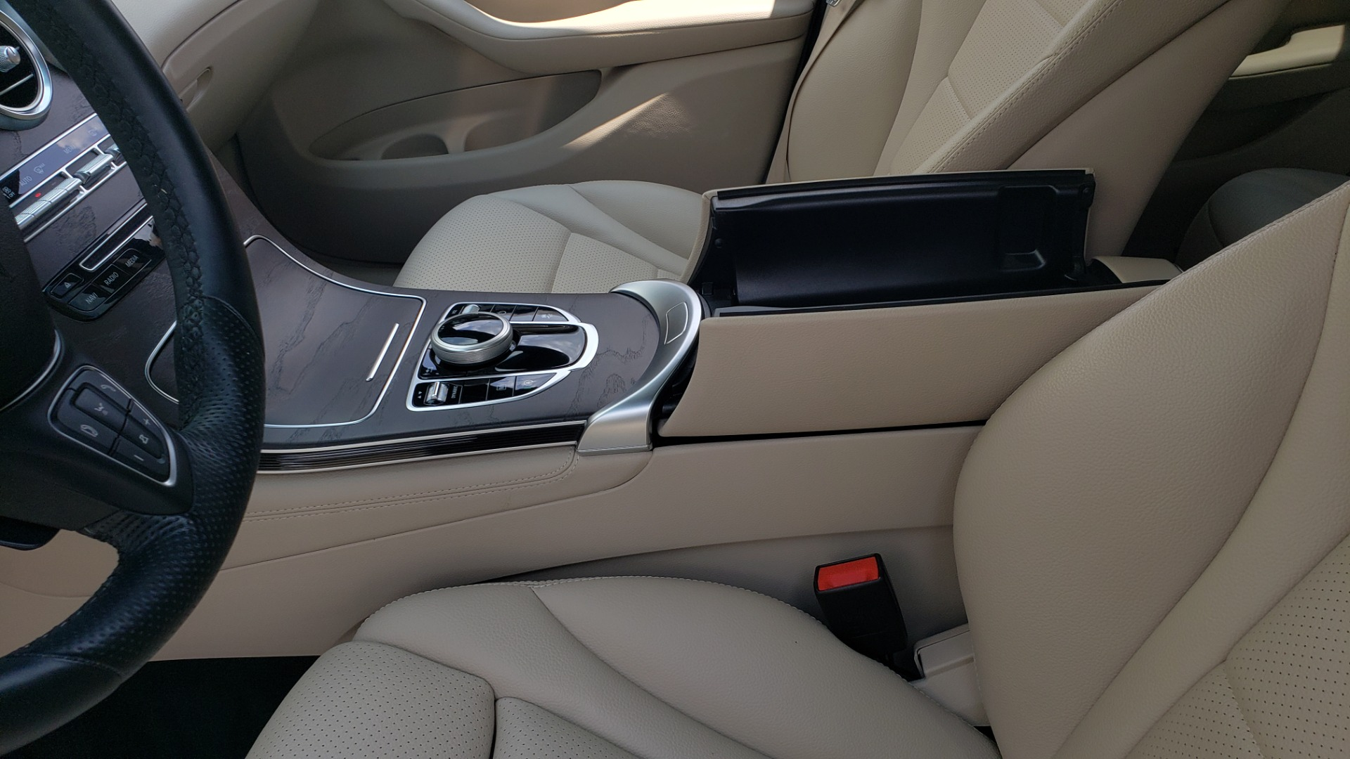 Used 2018 Mercedes-Benz GLC 300 PREMIUM 4MATIC / PANO-ROOF / BURMESTER / REARVIEW for sale $36,295 at Formula Imports in Charlotte NC 28227 58