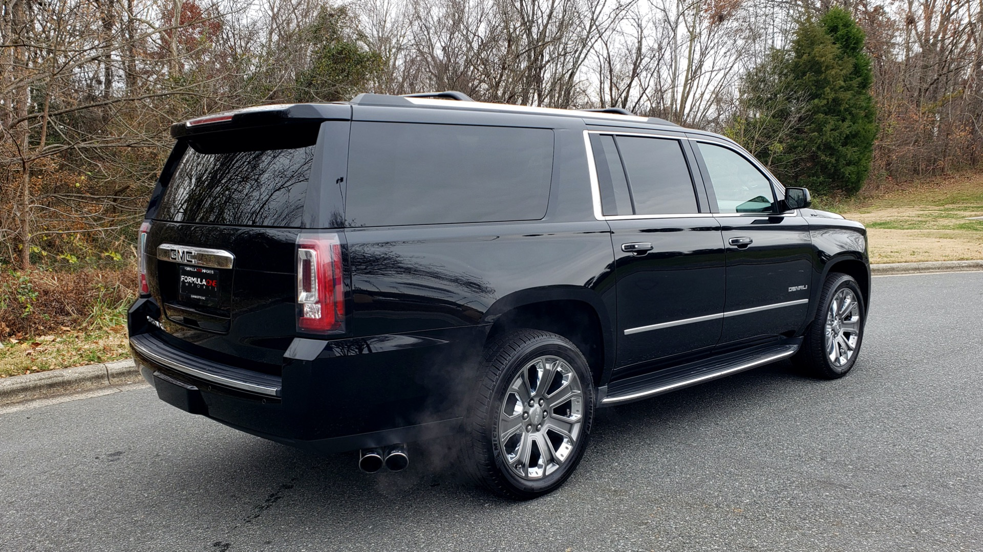 Used 2016 GMC YUKON XL DENALI 4WD / NAV / OPEN ROAD / SUNROOF / ENTERTAIN for sale Sold at Formula Imports in Charlotte NC 28227 8