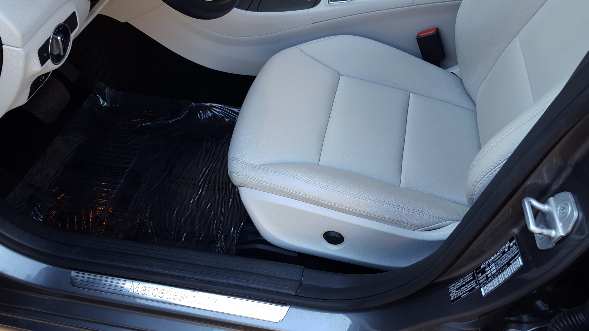 Used 2014 Mercedes-Benz CLA-CLASS CLA 250 / NAV / PANO-ROOF / BLIND SPOT ASSIST / XENON HEADLIGHTS for sale $19,995 at Formula Imports in Charlotte NC 28227 27