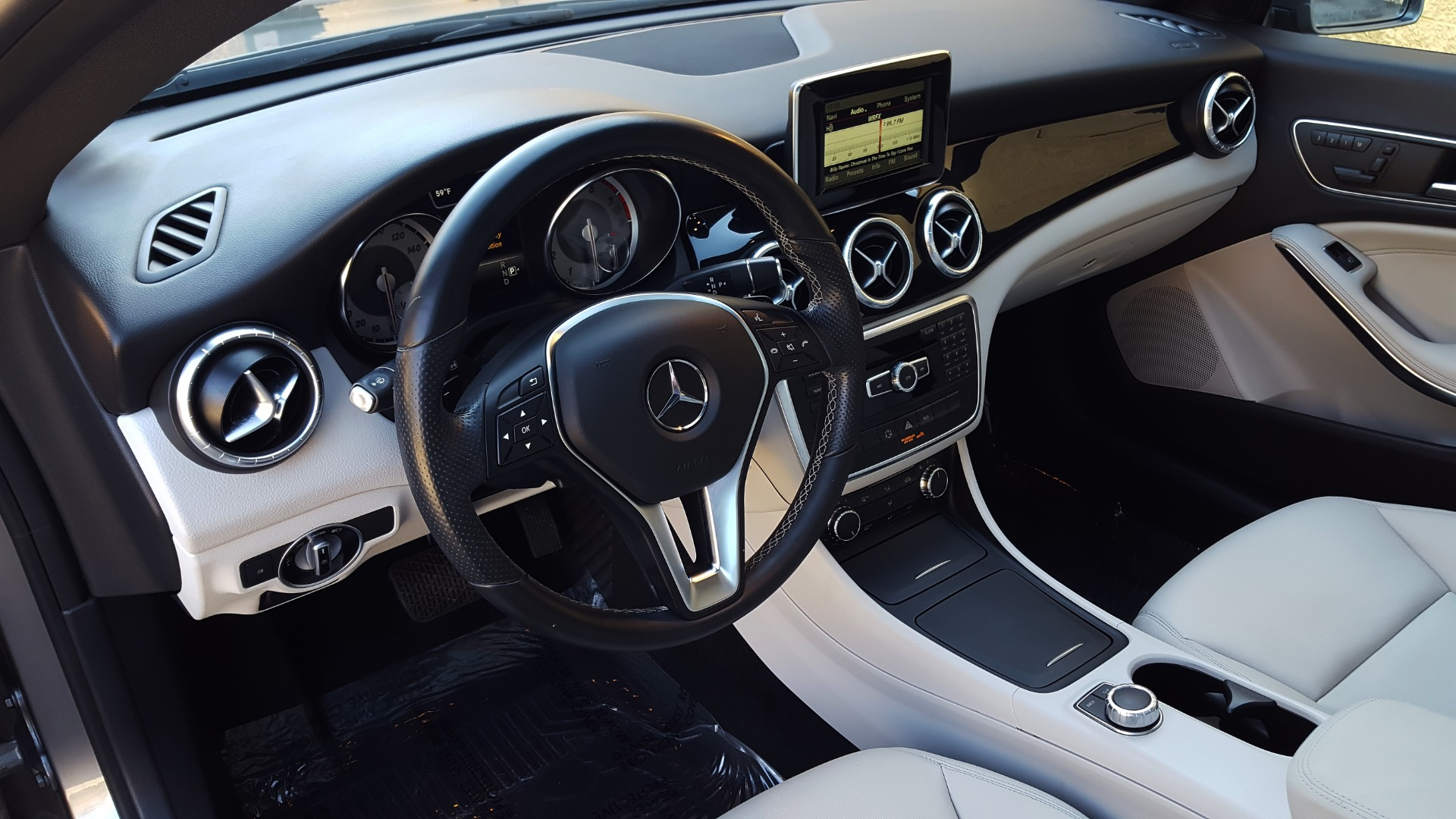 Used 2014 Mercedes-Benz CLA-CLASS CLA 250 / NAV / PANO-ROOF / BLIND SPOT ASSIST / XENON HEADLIGHTS for sale $19,995 at Formula Imports in Charlotte NC 28227 29