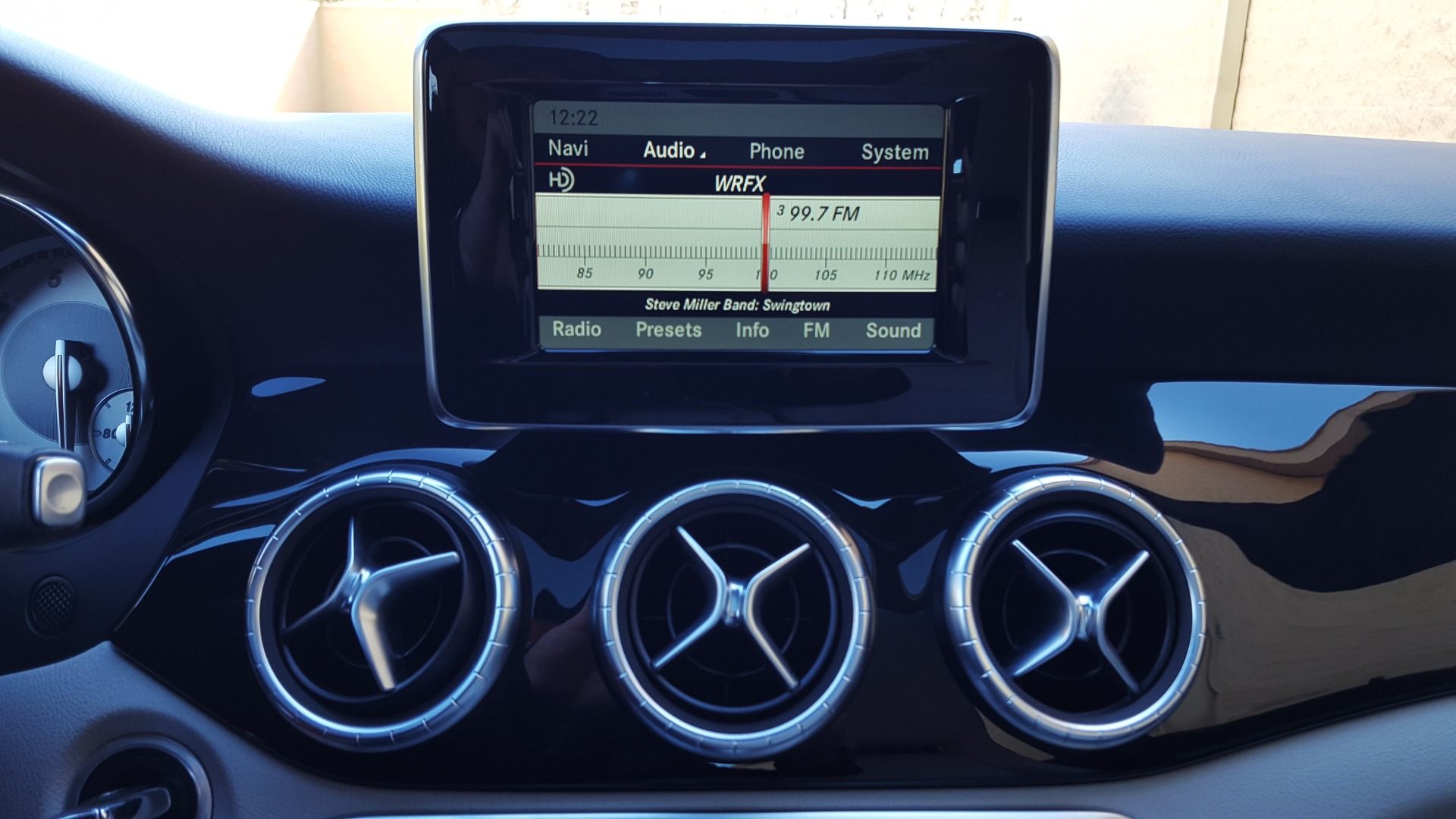 Used 2014 Mercedes-Benz CLA-CLASS CLA 250 / NAV / PANO-ROOF / BLIND SPOT ASSIST / XENON HEADLIGHTS for sale $19,995 at Formula Imports in Charlotte NC 28227 34