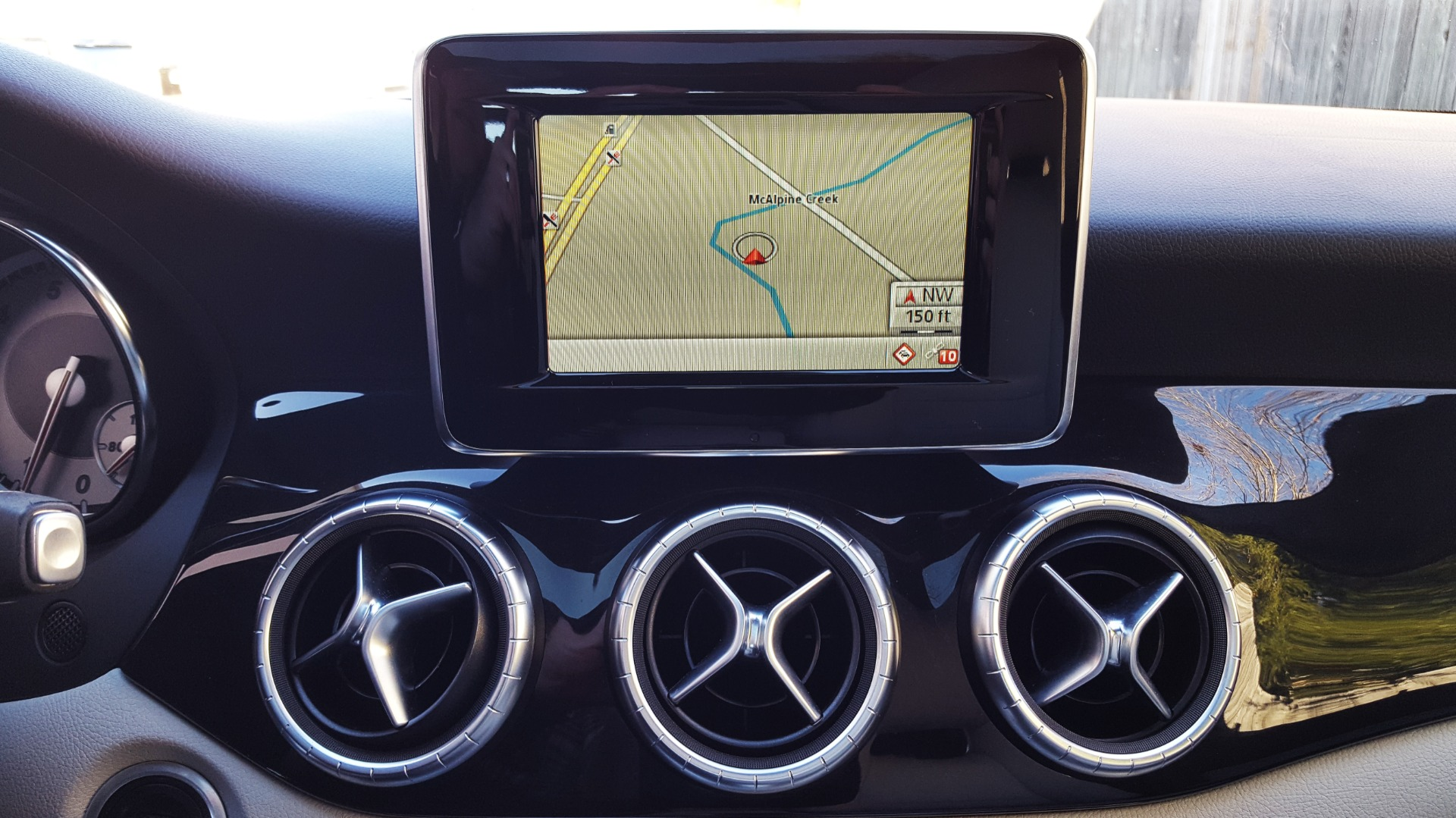 Used 2014 Mercedes-Benz CLA-CLASS CLA 250 / NAV / PANO-ROOF / BLIND SPOT ASSIST / XENON HEADLIGHTS for sale $19,995 at Formula Imports in Charlotte NC 28227 35