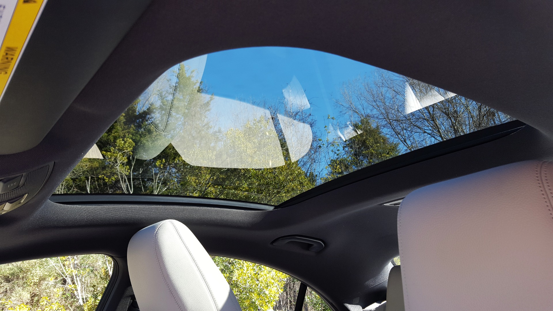 Used 2014 Mercedes-Benz CLA-CLASS CLA 250 / NAV / PANO-ROOF / BLIND SPOT ASSIST / XENON HEADLIGHTS for sale $19,995 at Formula Imports in Charlotte NC 28227 46