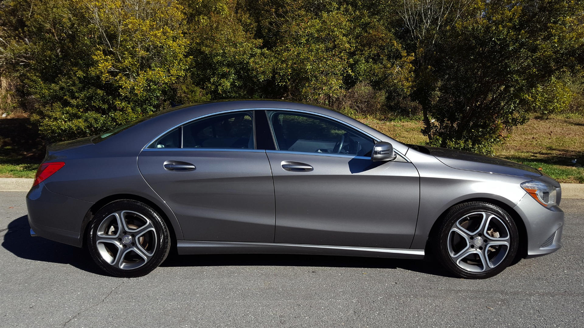 Used 2014 Mercedes-Benz CLA-CLASS CLA 250 / NAV / PANO-ROOF / BLIND SPOT ASSIST / XENON HEADLIGHTS for sale $19,995 at Formula Imports in Charlotte NC 28227 7