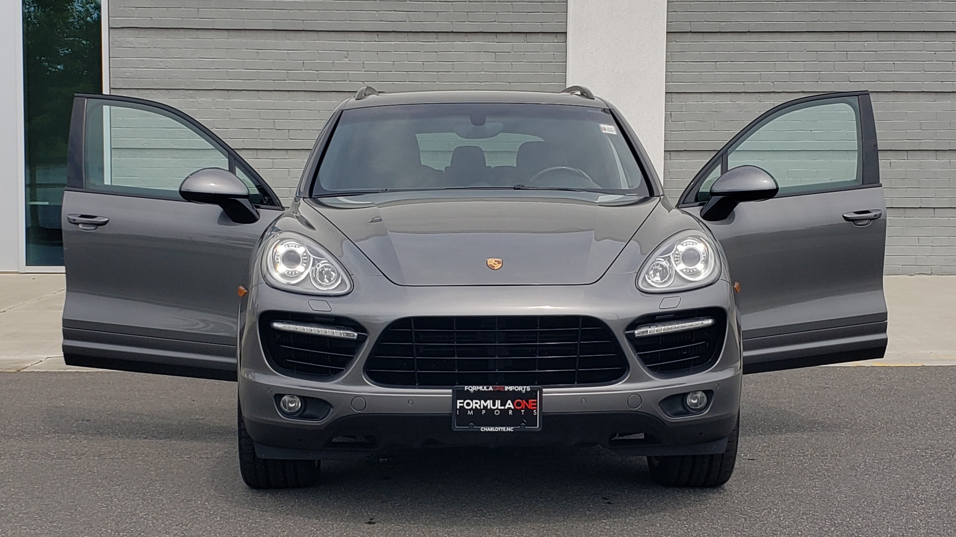 Used 2014 Porsche CAYENNE TURBO S / AWD / NAV / BOSE / PANO-ROOF / LCA / REARVIEW for sale Sold at Formula Imports in Charlotte NC 28227 25