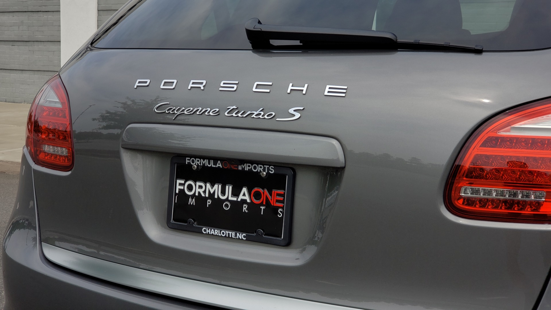 Used 2014 Porsche CAYENNE TURBO S / AWD / NAV / BOSE / PANO-ROOF / LCA / REARVIEW for sale Sold at Formula Imports in Charlotte NC 28227 35