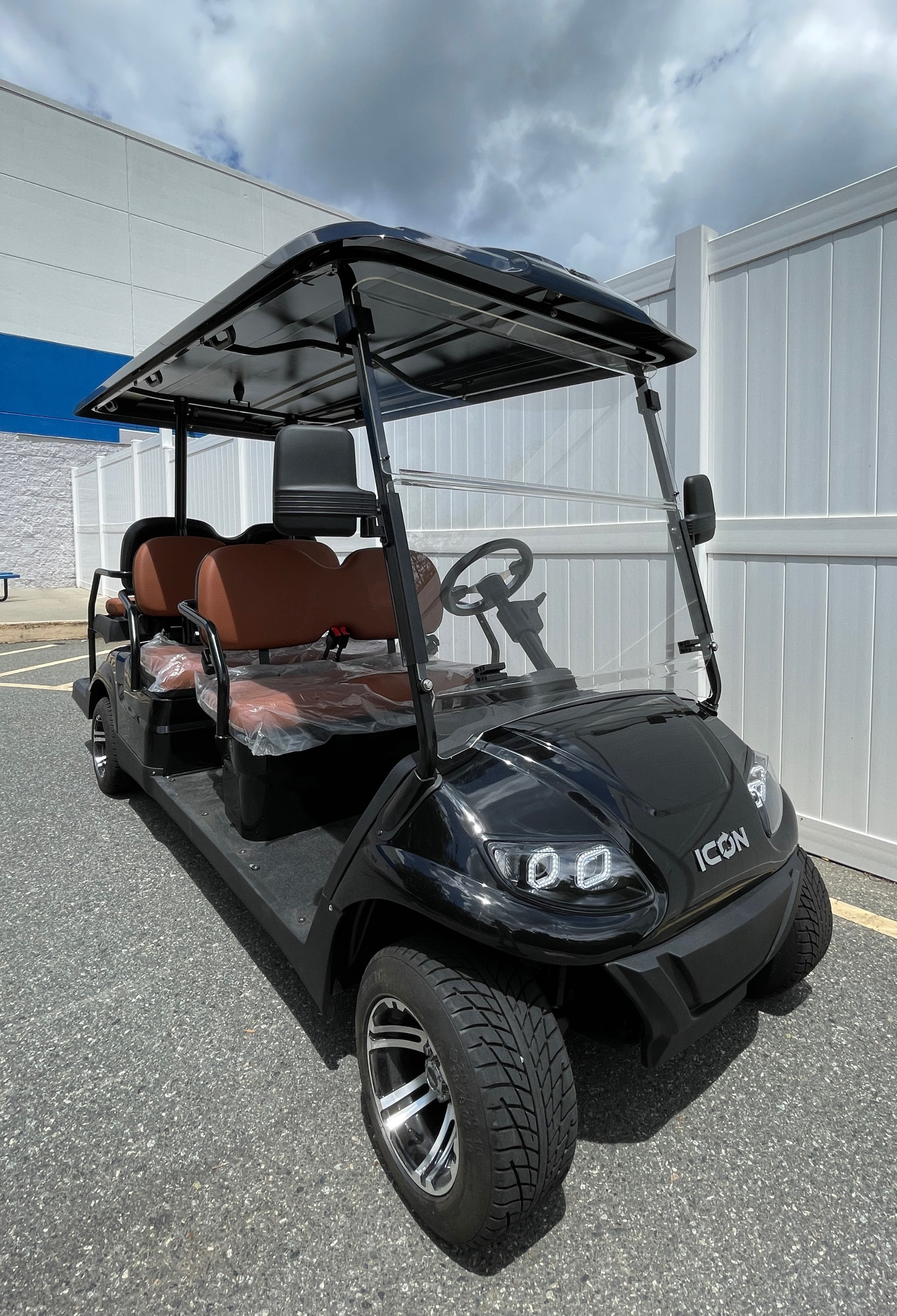 Used 2021 ICON i60 ELECTRIC CAR / 6-PASSENGER GOLF CART / 25MPH / NEW / 1-MILE for sale $10,999 at Formula Imports in Charlotte NC 28227 42