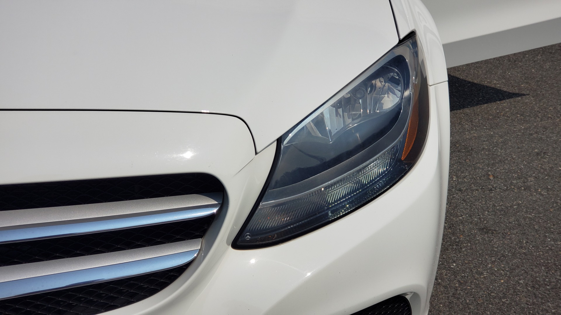 Used 2018 Mercedes-Benz C-CLASS C 300 PREMIUM / KEYLESS-GO / APPLE / PANO-ROOF / REARVIEW for sale $28,295 at Formula Imports in Charlotte NC 28227 23