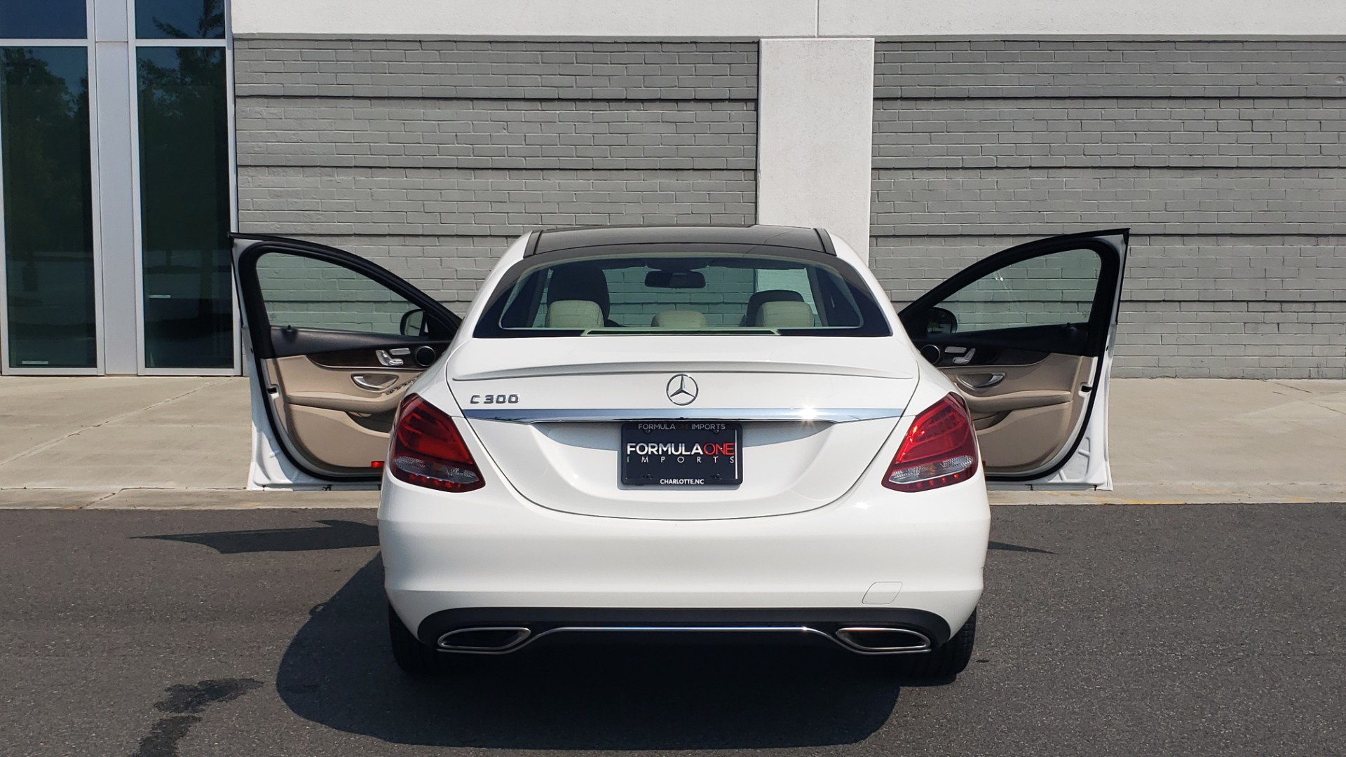 Used 2018 Mercedes-Benz C-CLASS C 300 PREMIUM / KEYLESS-GO / APPLE / PANO-ROOF / REARVIEW for sale $28,295 at Formula Imports in Charlotte NC 28227 26