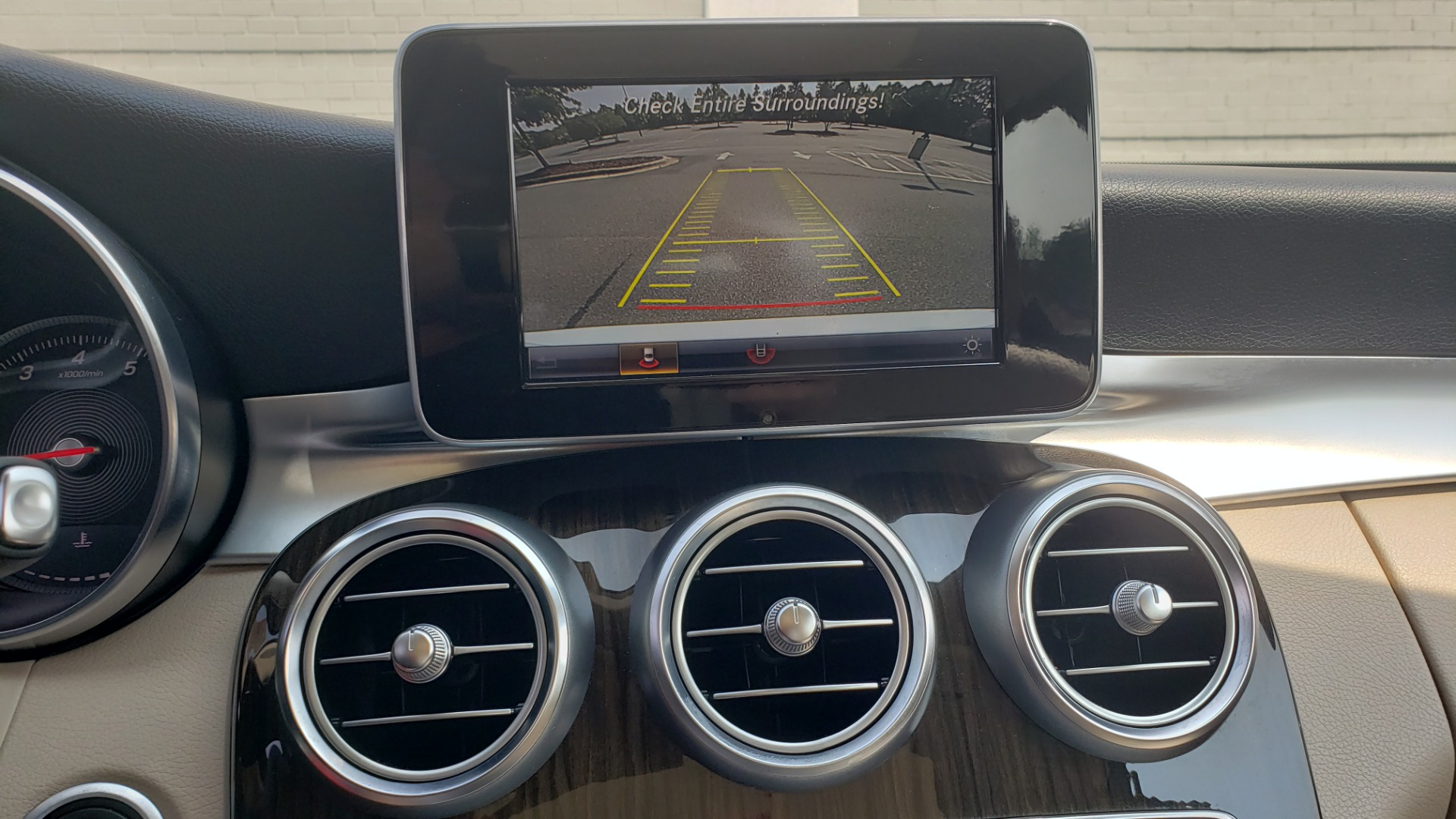 Used 2018 Mercedes-Benz C-CLASS C 300 PREMIUM / KEYLESS-GO / APPLE / PANO-ROOF / REARVIEW for sale $28,295 at Formula Imports in Charlotte NC 28227 42