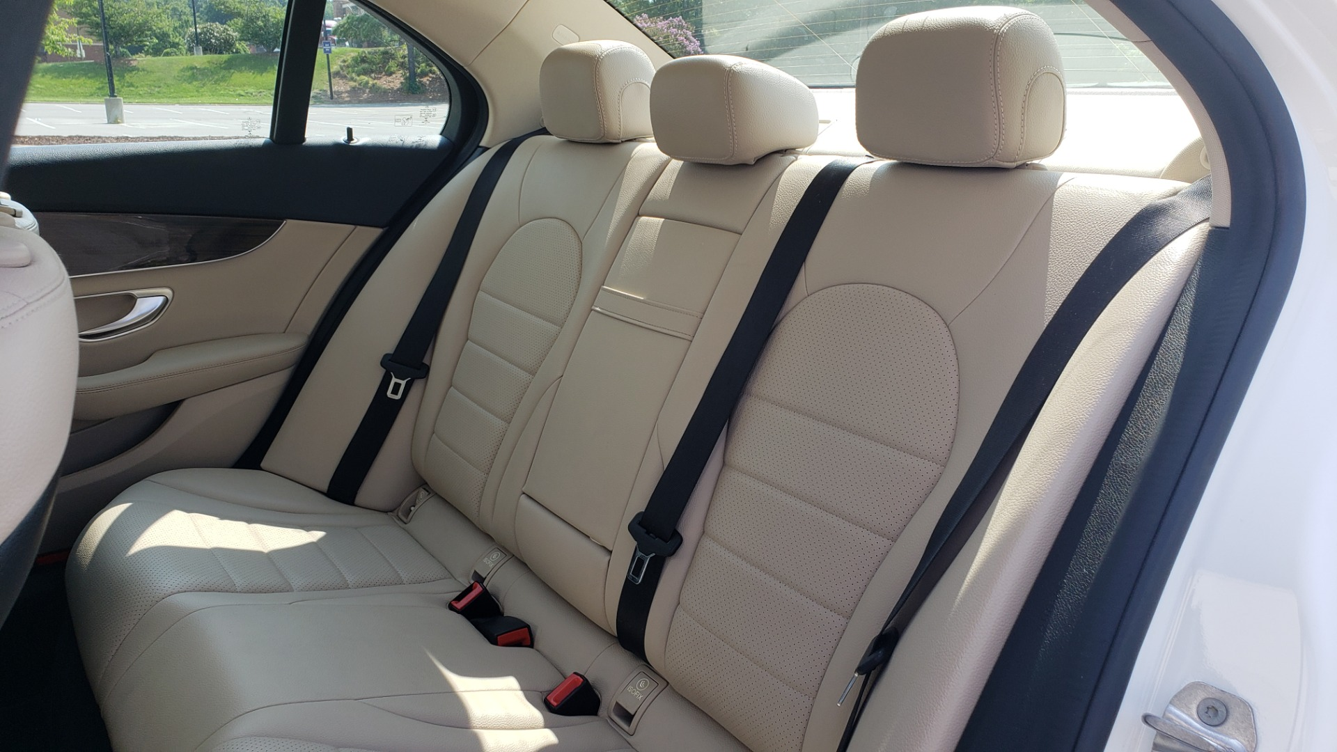 Used 2018 Mercedes-Benz C-CLASS C 300 PREMIUM / KEYLESS-GO / APPLE / PANO-ROOF / REARVIEW for sale $28,295 at Formula Imports in Charlotte NC 28227 58