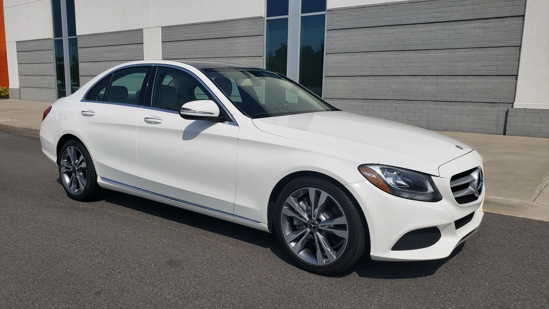 Used 2018 Mercedes-Benz C-CLASS C 300 PREMIUM / KEYLESS-GO / APPLE / PANO-ROOF / REARVIEW for sale $28,295 at Formula Imports in Charlotte NC 28227 6