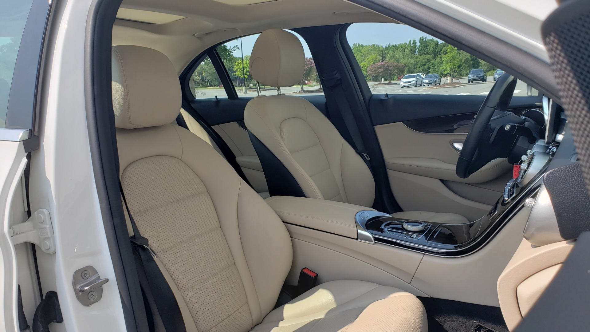 Used 2018 Mercedes-Benz C-CLASS C 300 PREMIUM / KEYLESS-GO / APPLE / PANO-ROOF / REARVIEW for sale $28,295 at Formula Imports in Charlotte NC 28227 62