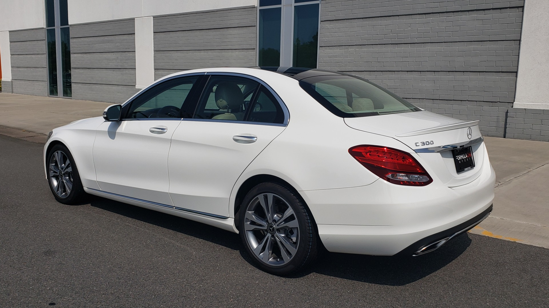 Used 2018 Mercedes-Benz C-CLASS C 300 PREMIUM / KEYLESS-GO / APPLE / PANO-ROOF / REARVIEW for sale $28,295 at Formula Imports in Charlotte NC 28227 7