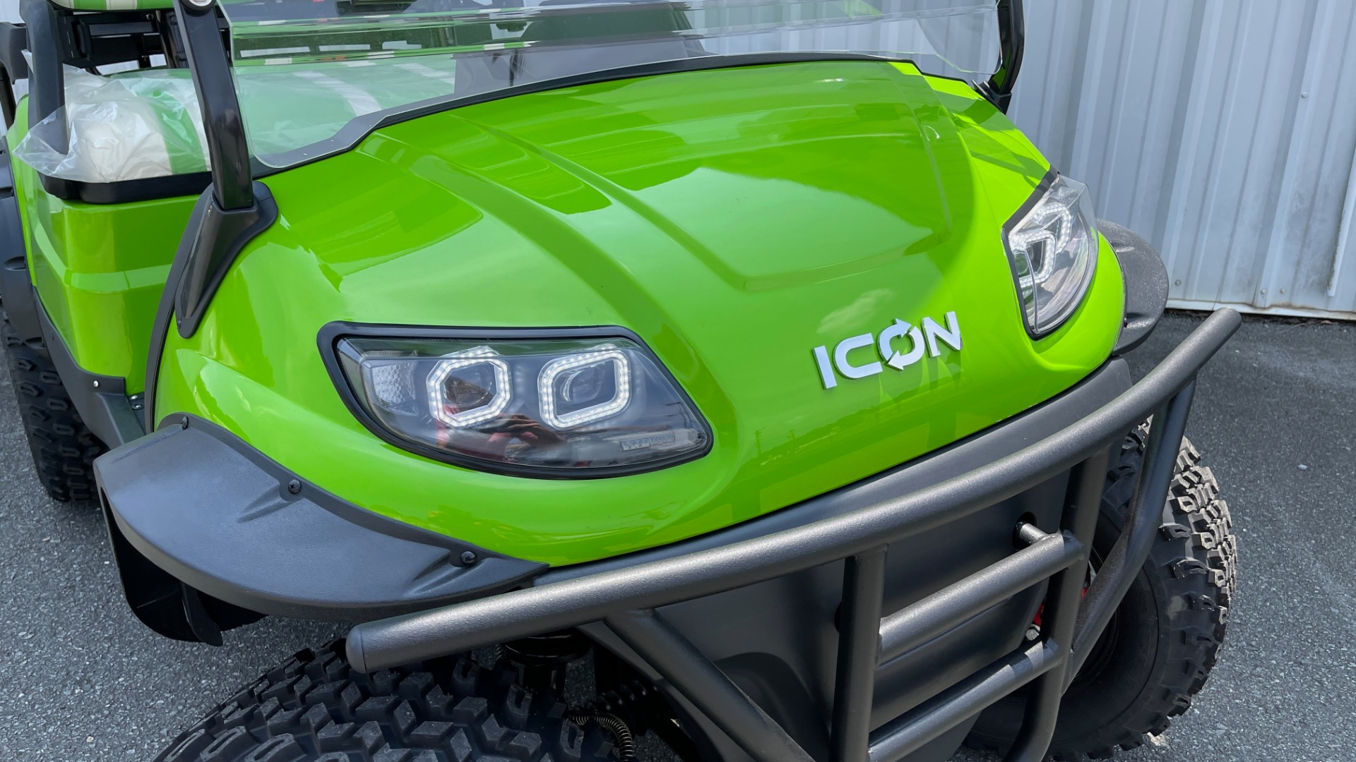 Used 2021 ICON i40L LIFTED ELECTRIC CAR / 4-PASSENGER GOLF CART / 25MPH / NEW / 1-MILE for sale $9,499 at Formula Imports in Charlotte NC 28227 36