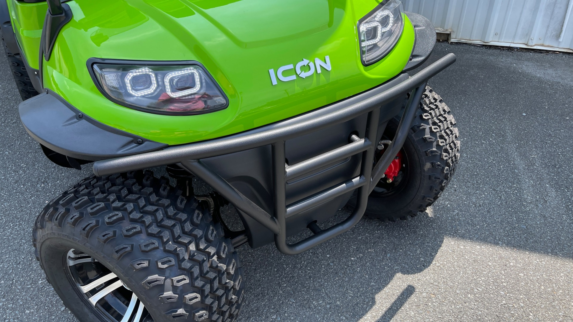 Used 2021 ICON i40L LIFTED ELECTRIC CAR / 4-PASSENGER GOLF CART / 25MPH / NEW / 1-MILE for sale $9,499 at Formula Imports in Charlotte NC 28227 39