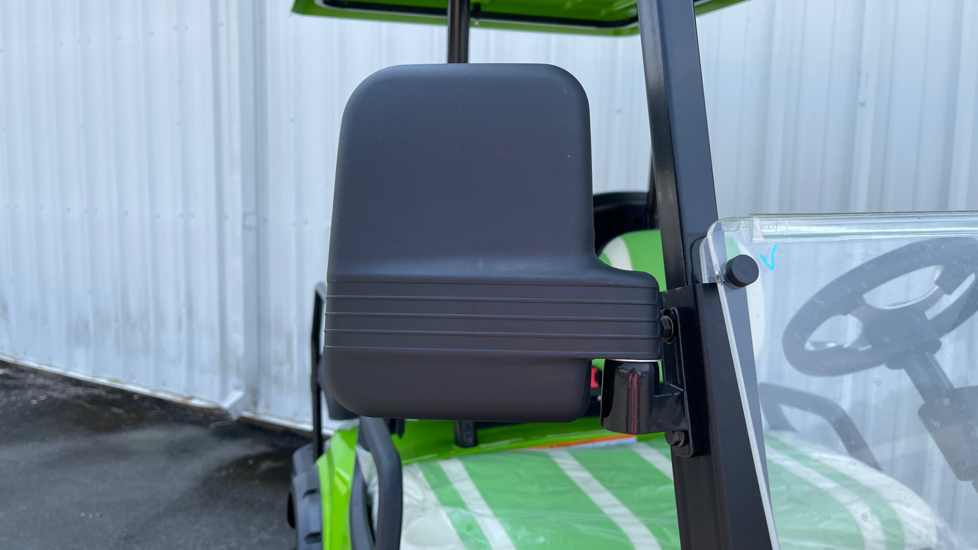 Used 2021 ICON i40L LIFTED ELECTRIC CAR / 4-PASSENGER GOLF CART / 25MPH / NEW / 1-MILE for sale $9,499 at Formula Imports in Charlotte NC 28227 43