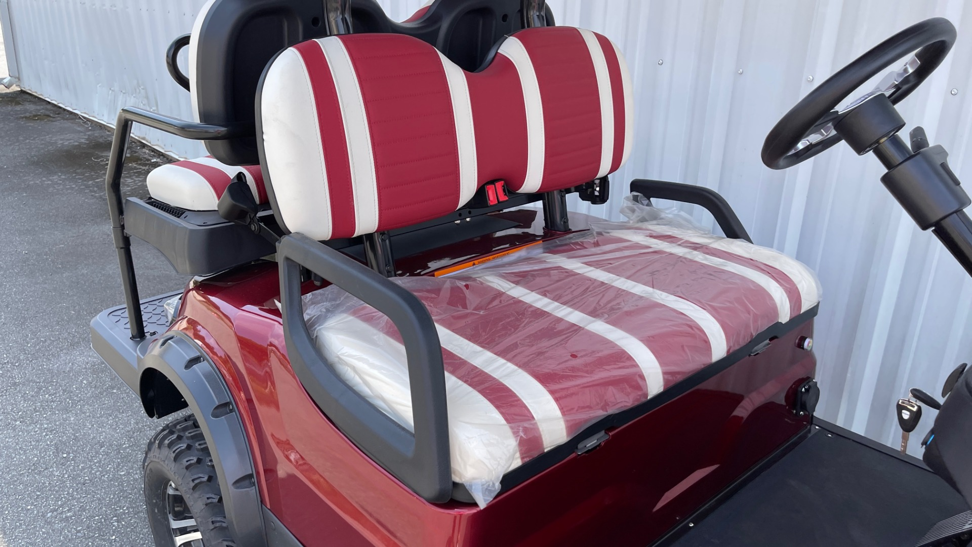 Used 2021 ICON i40L LIFTED ELECTRIC CAR / 4-PASSENGER GOLF CART / 25MPH / NEW / 2-MILE for sale $9,499 at Formula Imports in Charlotte NC 28227 34