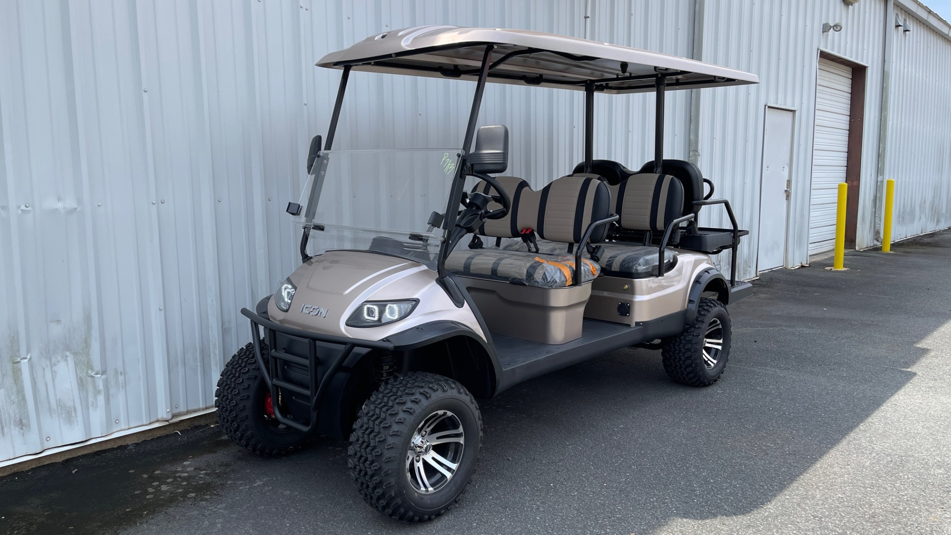 Used 2021 ICON I60L LIFTED ELECTRIC CAR / 6-PASSENGER GOLF CART / 25MPH / NEW / 1-MILE for sale $11,399 at Formula Imports in Charlotte NC 28227 31