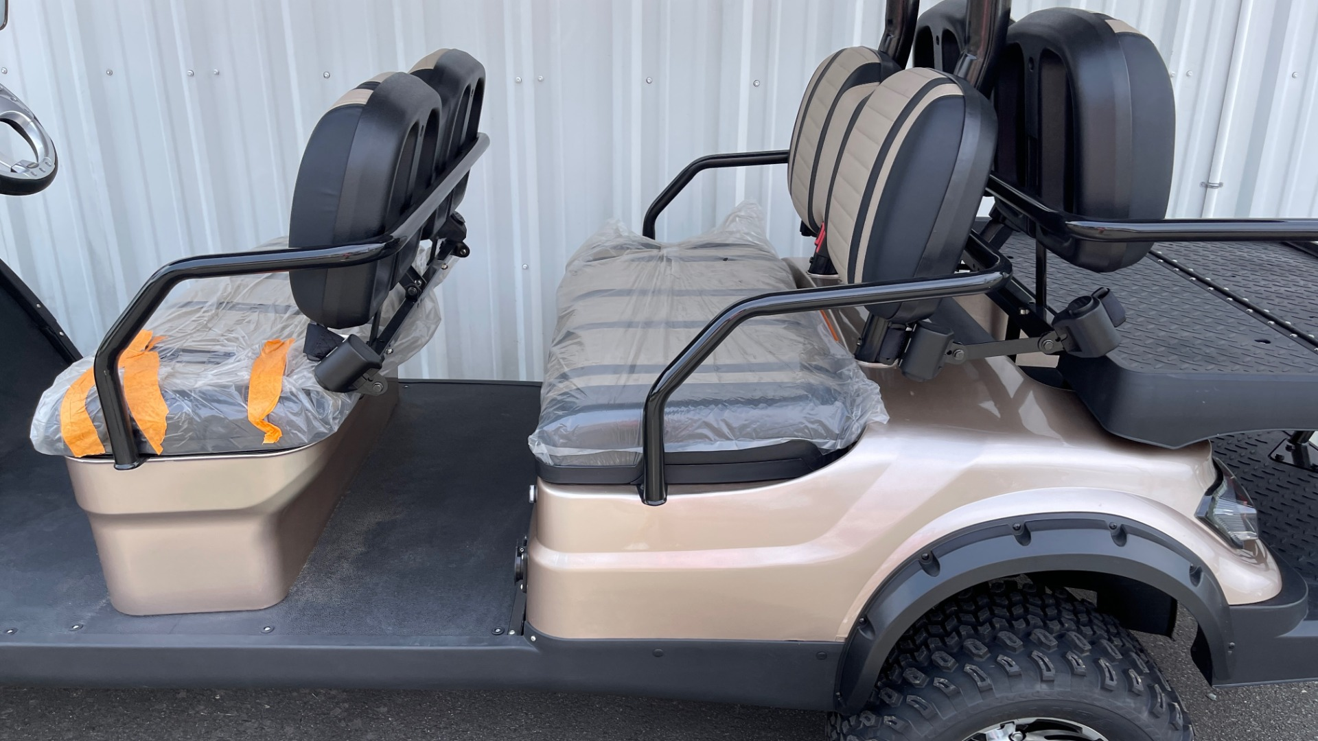 Used 2021 ICON I60L LIFTED ELECTRIC CAR / 6-PASSENGER GOLF CART / 25MPH / NEW / 1-MILE for sale $11,399 at Formula Imports in Charlotte NC 28227 33