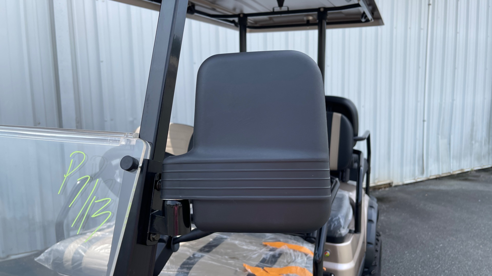 Used 2021 ICON I60L LIFTED ELECTRIC CAR / 6-PASSENGER GOLF CART / 25MPH / NEW / 1-MILE for sale $11,399 at Formula Imports in Charlotte NC 28227 39