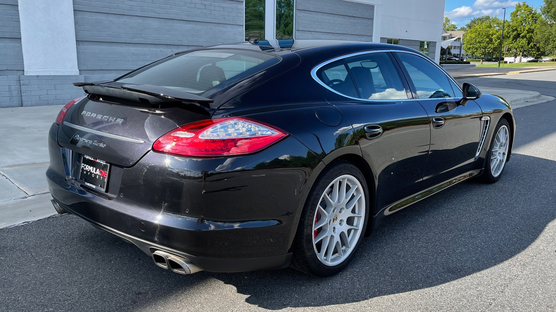 Used 2010 Porsche PANAMERA 4DR HB TURBO / SPORT CHRONO / BURMESTER / AUTO CLIMATE CONTROL for sale $40,995 at Formula Imports in Charlotte NC 28227 2