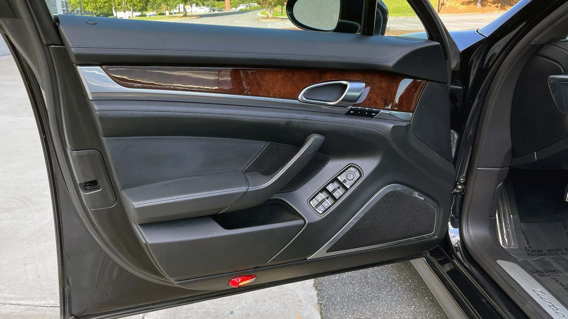 Used 2010 Porsche PANAMERA 4DR HB TURBO / SPORT CHRONO / BURMESTER / AUTO CLIMATE CONTROL for sale $40,995 at Formula Imports in Charlotte NC 28227 30