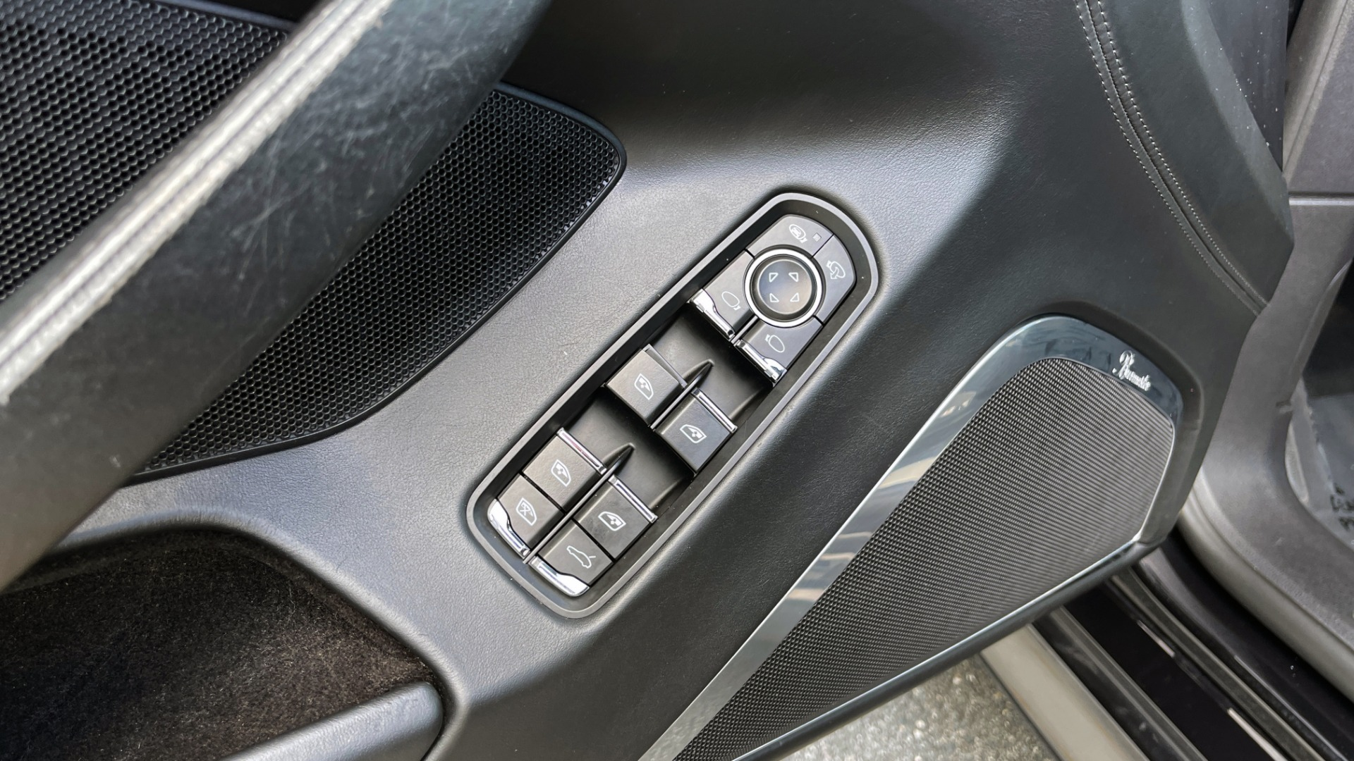 Used 2010 Porsche PANAMERA 4DR HB TURBO / SPORT CHRONO / BURMESTER / AUTO CLIMATE CONTROL for sale $40,995 at Formula Imports in Charlotte NC 28227 31