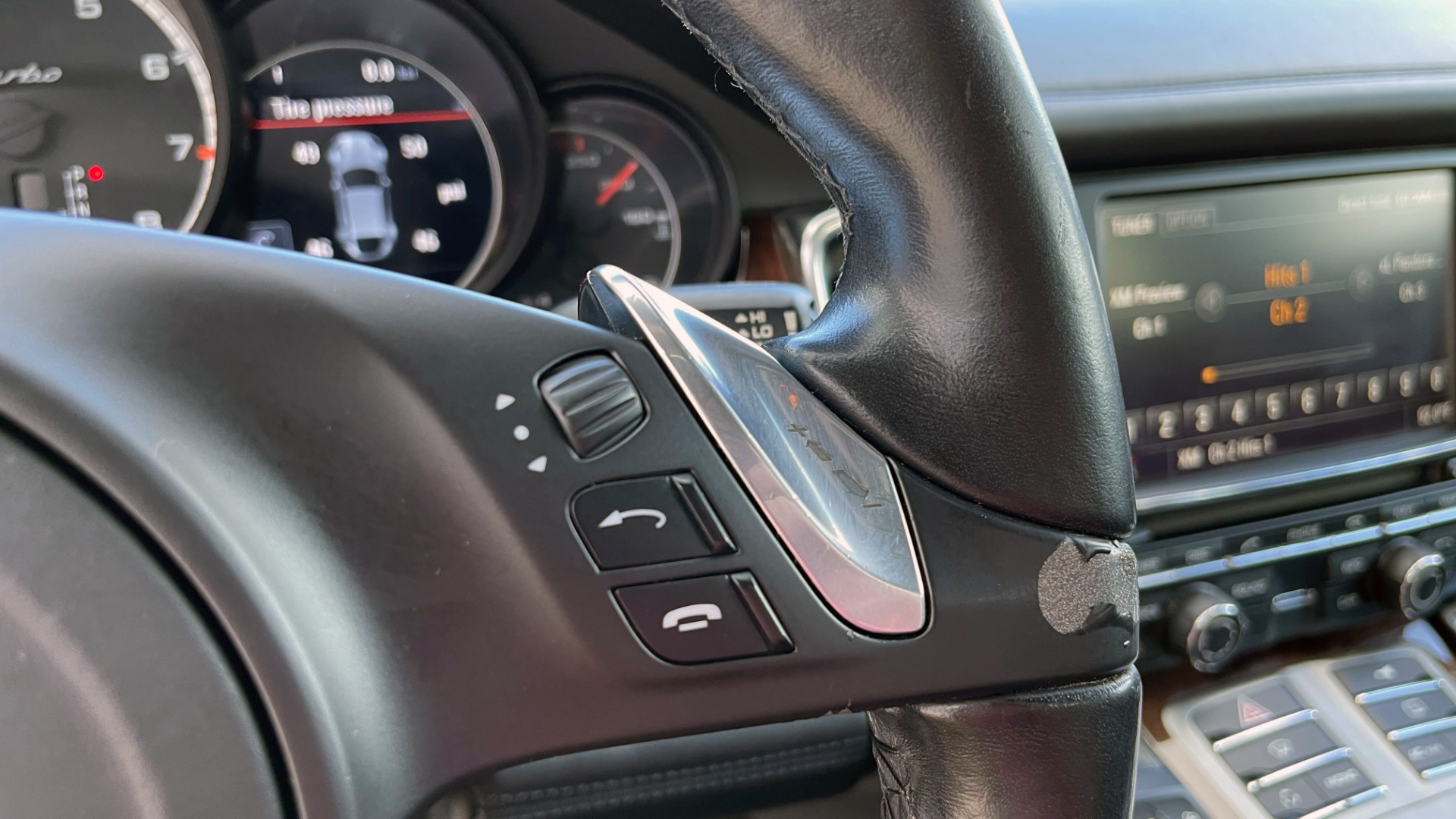 Used 2010 Porsche PANAMERA 4DR HB TURBO / SPORT CHRONO / BURMESTER / AUTO CLIMATE CONTROL for sale $40,995 at Formula Imports in Charlotte NC 28227 40