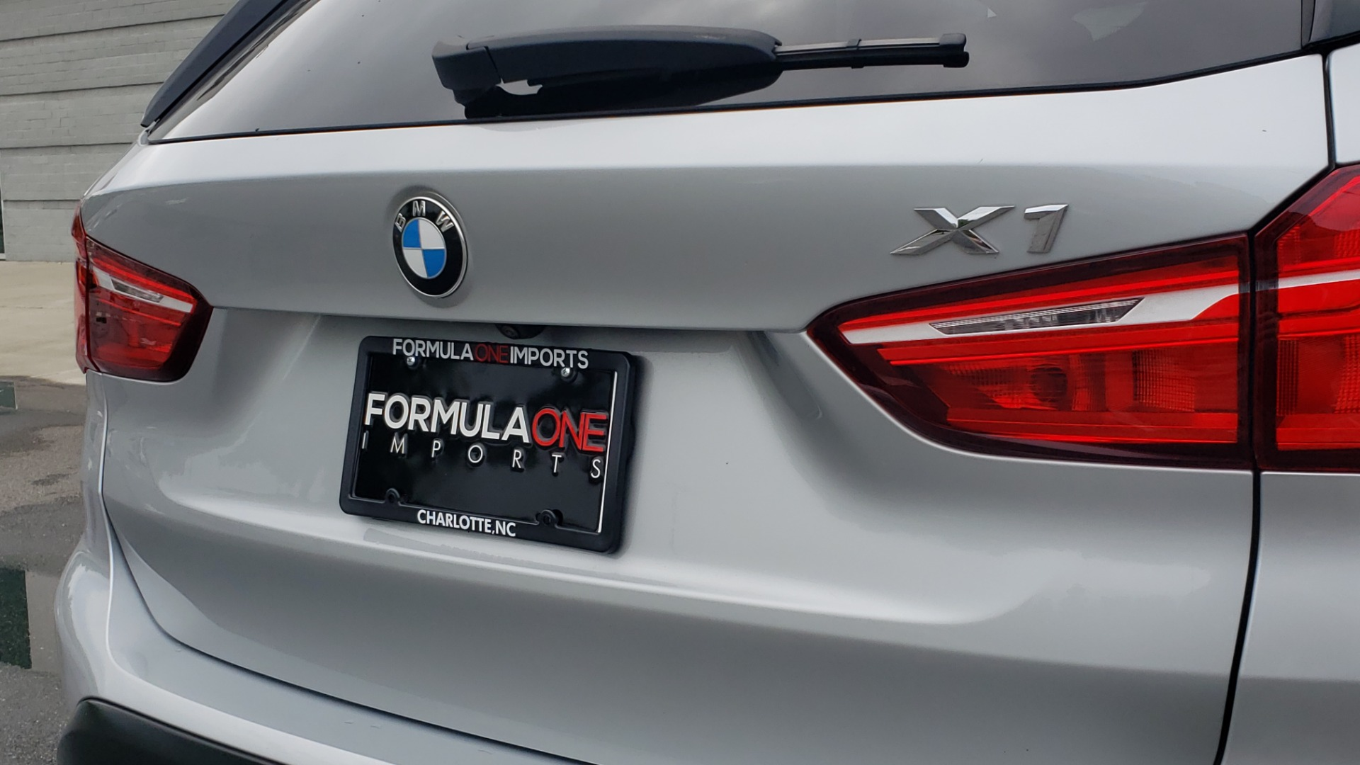 Used 2018 BMW X1 XDRIVE38I / NAV / CONV PKG / PANO-ROOF / HTD STS / REARVIEW for sale $28,995 at Formula Imports in Charlotte NC 28227 29