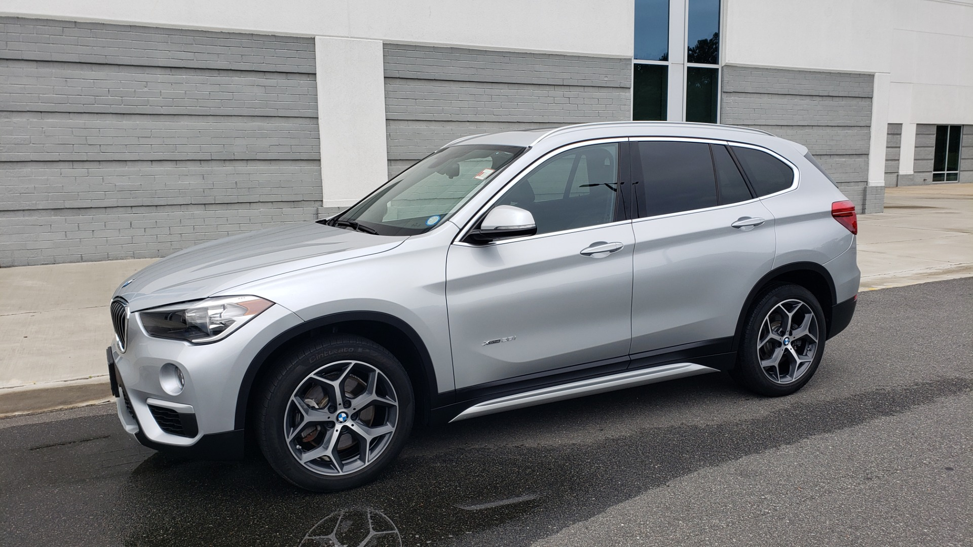 Used 2018 BMW X1 XDRIVE38I / NAV / CONV PKG / PANO-ROOF / HTD STS / REARVIEW for sale $28,995 at Formula Imports in Charlotte NC 28227 4