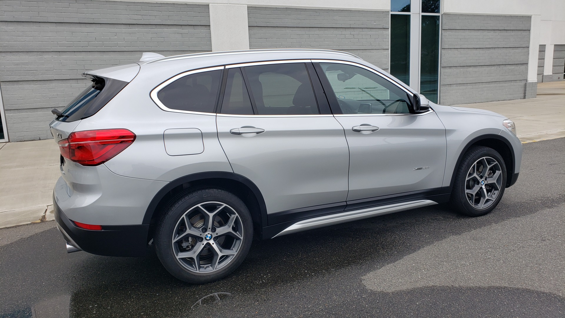 Used 2018 BMW X1 XDRIVE38I / NAV / CONV PKG / PANO-ROOF / HTD STS / REARVIEW for sale $28,995 at Formula Imports in Charlotte NC 28227 5