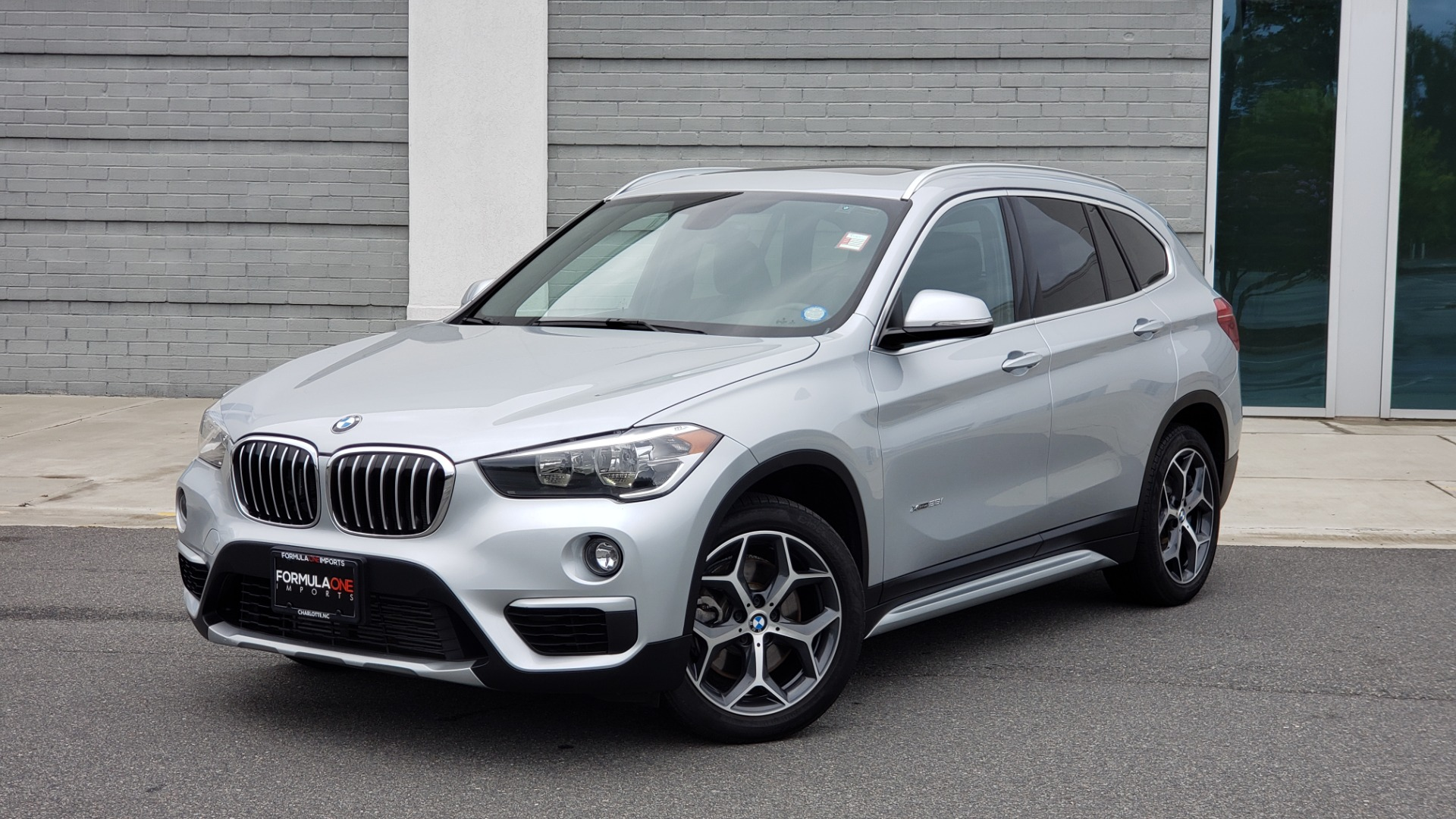 Used 2018 BMW X1 XDRIVE38I / NAV / CONV PKG / PANO-ROOF / HTD STS / REARVIEW for sale $28,995 at Formula Imports in Charlotte NC 28227 1