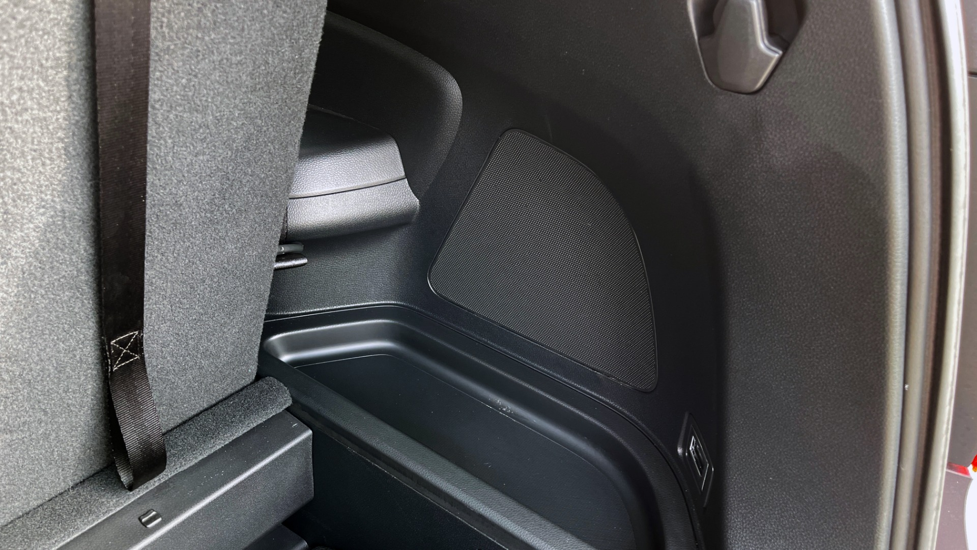 Used 2021 Honda PILOT SE / 3.5L V6 / 9-SPD AUTO / SUNROOF / 3-ROW / REARVIEW for sale $38,795 at Formula Imports in Charlotte NC 28227 20