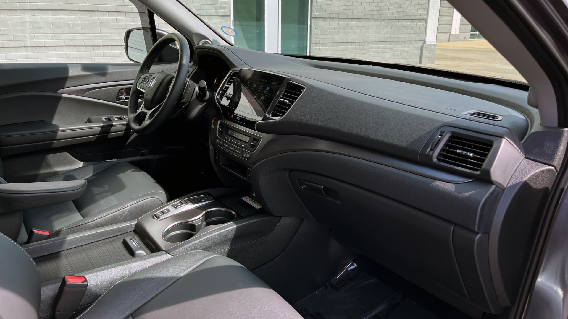Used 2021 Honda PILOT SE / 3.5L V6 / 9-SPD AUTO / SUNROOF / 3-ROW / REARVIEW for sale $38,795 at Formula Imports in Charlotte NC 28227 64