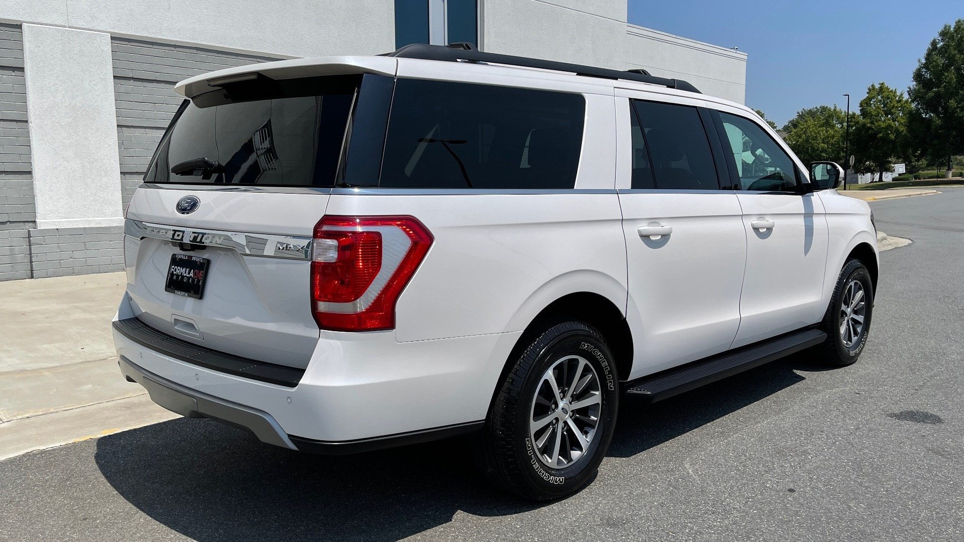 Used 2019 Ford EXPEDITION MAX XLT / 3.5L ECOBOOST / NAV / PANO-ROOF / 3-ROWS / REARVIEW for sale Sold at Formula Imports in Charlotte NC 28227 2