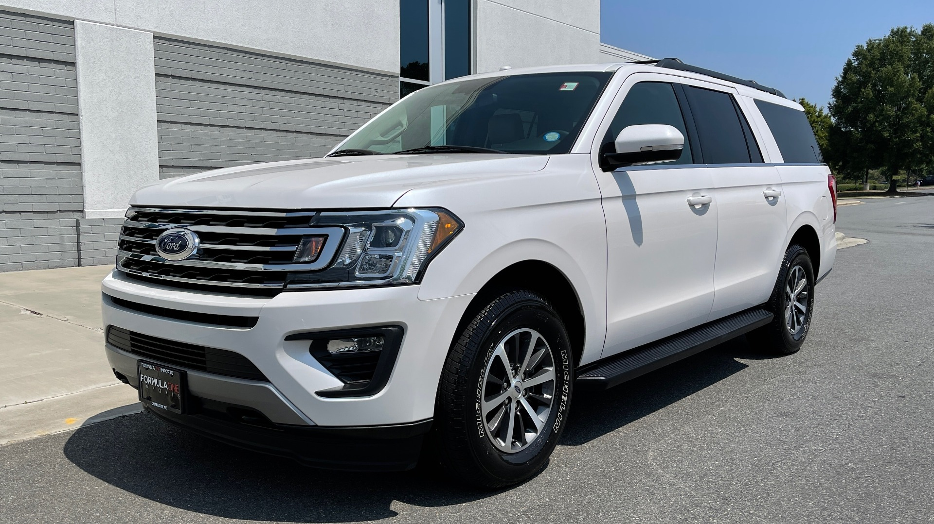 Used 2019 Ford EXPEDITION MAX XLT / 3.5L ECOBOOST / NAV / PANO-ROOF / 3-ROWS / REARVIEW for sale Sold at Formula Imports in Charlotte NC 28227 3