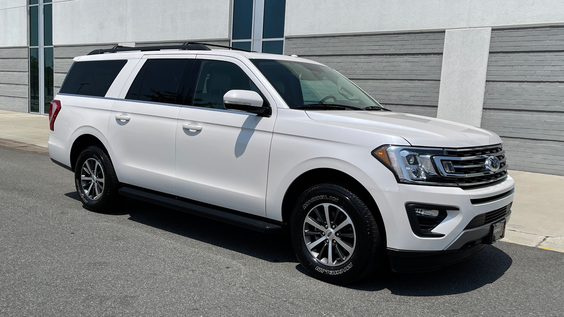 Used 2019 Ford EXPEDITION MAX XLT / 3.5L ECOBOOST / NAV / PANO-ROOF / 3-ROWS / REARVIEW for sale Sold at Formula Imports in Charlotte NC 28227 6